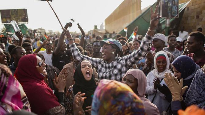 Γύρισε η (αραβική) άνοιξη σε Αλγερία και Σουδάν :: Rproject